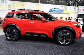citroen concept 2017 citroen u0027s funky aircross concept is a cactus on steroids