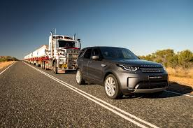 2018 land rover discovery diesel tows 121 ton semi in australian