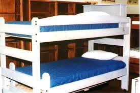 Circle Double D Bunk House - Right angle bunk beds
