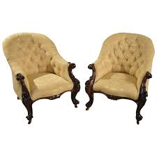 Antique Armchairs 25 Best Antique Armchairs Ideas On Pinterest Upholstered Chairs