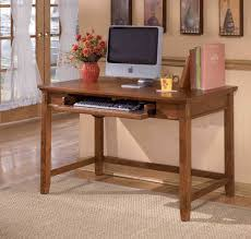 Corner Computer Desk Oak by Simple White Corner Computer Desk Design For Small Spaces Modern