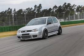 volkswagen golf modified volkswagen golf iv r32 gets modified by hperformance 9 images