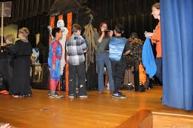 mrs butler u0027s 4th grade halloween haunted house a decades old