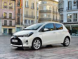 toyota compact toyota yaris 2015 pictures information u0026 specs