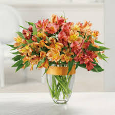 awesome looking flowers lily bouquets and lilies through the looking glass swansboro nc