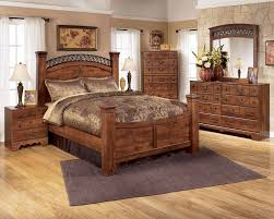 Furniture Bedroom Sets Timberline 4 Piece Poster Bedroom Set In Cherry