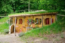 chambre d hote pierrefonds hébergement insolite cing le coeur de la forêt à pierrefonds dans