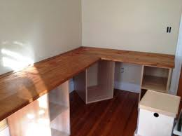 Build Simple Wood Desk by Best 25 Wooden Corner Desk Ideas On Pinterest Small L Shaped