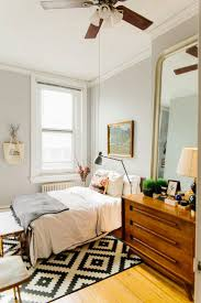 Furnish Small Bedroom Look Bigger How To Utilize Space In A Small Bedroom One Would Think Adding