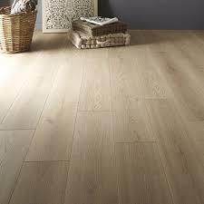parquet stratifié chambre sol stratifié artens plus ép 7 mm décor chêne blanchi chambres