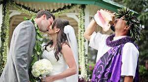 hawaiian weddings the traditional hawaiian wedding ceremony borrowed blue