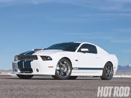 year shelby mustang 2011 ford mustang shelby gt500 snake vs 427 cobra shootout