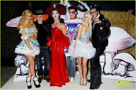 nicola peltz white queen at just jared u0027s halloween party photo
