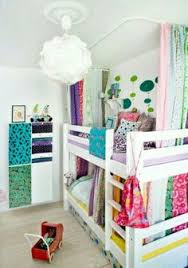 no sew bottom bunk fort or a good way to hide the catastrophe