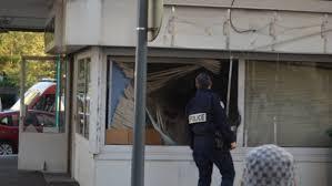 bureau de change suisse braquage à l explosif dans un bureau de change à la frontière suisse