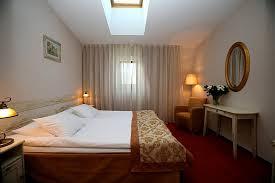 Three Bedrooms 3 Bedroom Apartment At St Petersburg U0027s Deluxe Pushka Inn Hotel