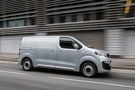 peugeot expert dimensions peugeot expert van 2016 pictures 4 auto express