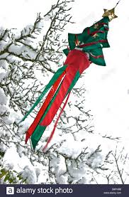 snow laden tree stock photos u0026 snow laden tree stock images alamy
