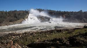 oroville dam u0027s emergency spillway used for first time amid rising