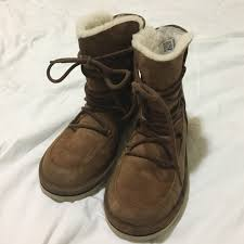 s ugg australia lodge boots 58 ugg shoes ugg lodge boots size 8 from l s closet on