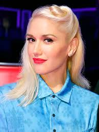 gwen stefani s the voice hair provides endless styling inspiration