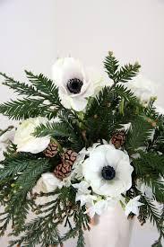 Floral Arrangements Centerpieces Best 25 Winter Flower Arrangements Ideas On Pinterest Floral