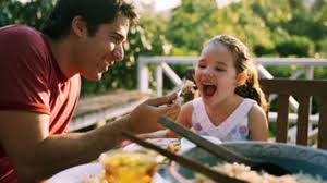 8 reasons to make time for family dinner health