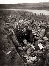 it happened on christmas day 1914 german and british troops held