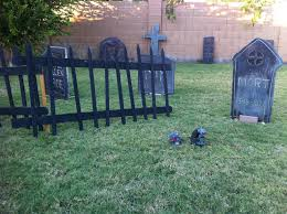 how to build halloween graveyard fencing and gravestones create