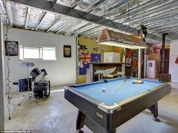 australia u0027s man caves on the market daily mail online