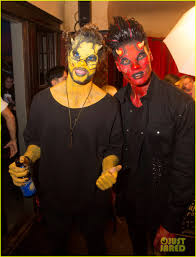 oj simpson halloween mask the vamps the wanted u0026 tokio hotel go all out with at u0026t at just