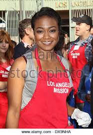 tatyana ali at the los angeles mission s thanksgiving for skid