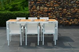 Round Wooden Patio Table by Melbourne Outdoor Patio Furniture Round Dining Table And Chairs