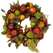 10 naturally beautiful thanksgiving wreaths