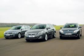 vauxhall astra estate vs rivals car group tests auto express