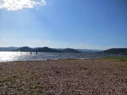chambre d hote lac du salagou présentation de lac du salagou et cirque de mourèze site