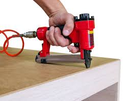 Staple Gun Upholstery Reviews To Help You Choose Best Air Staple Gun Best Staple Gun Guide