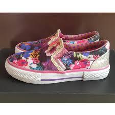 Sepatu Sketcher Anak Perempuan sepatu skechers bunga bayi anak baju anak perempuan di carousell