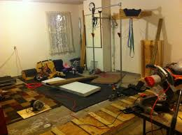 appalachian athlete garage gym new editions one thing that s nice about a garage gym is that it is always open well not always over christmas and new years my gym