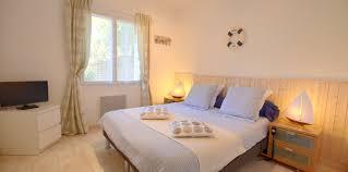 chambre hote avec piscine interieure location villa de luxe avec piscine intérieure en vendée