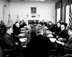 John F Kennedy Cabinet Members Les 25 Meilleures Idées De La Catégorie Robert Mcnamara Sur