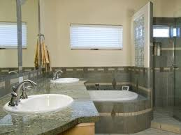 Contemporary Small Bathroom Ideas by Best 25 Small Grey Bathrooms Ideas On Pinterest Grey Bathrooms