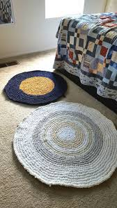 Crochet Flower Rug Circular Rag Rug Crocheted 6 Steps With Pictures