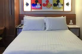 pop vs aoa large rooms wdwmagic unofficial walt disney s pop century resort