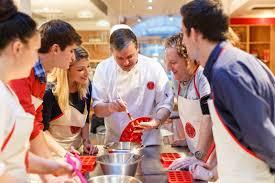 cours de cuisine chef un cours de cuisine à l atelier des chefs à nantes 44 wonderbox