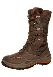 womens walking boots size 9 lowa desert boots size 9 outdoor shoes lowa paganella gtx