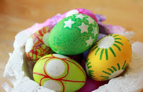 Decorating Easter Eggs With Sharpie Pens by Easter Egg Decorating For Kids With Stickers And Markers