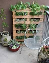 diy vertical herb garden 65 inspiring diy herb gardens shelterness