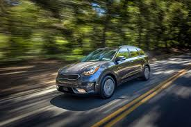 kia introduces the niro plug in hybrid with 26 miles all electric