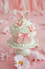 35 stunning butterfly cupcake designs